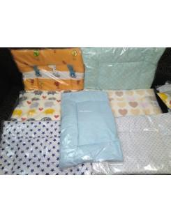 Подушка в кроватку от рождения